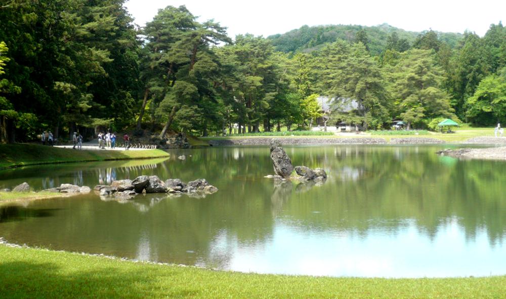 国指定特別名勝 毛越寺庭園